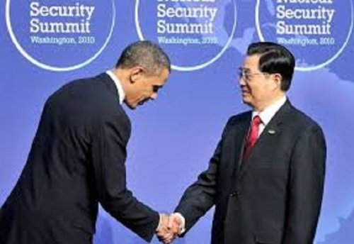 Obama bows to China president Xi Jinping